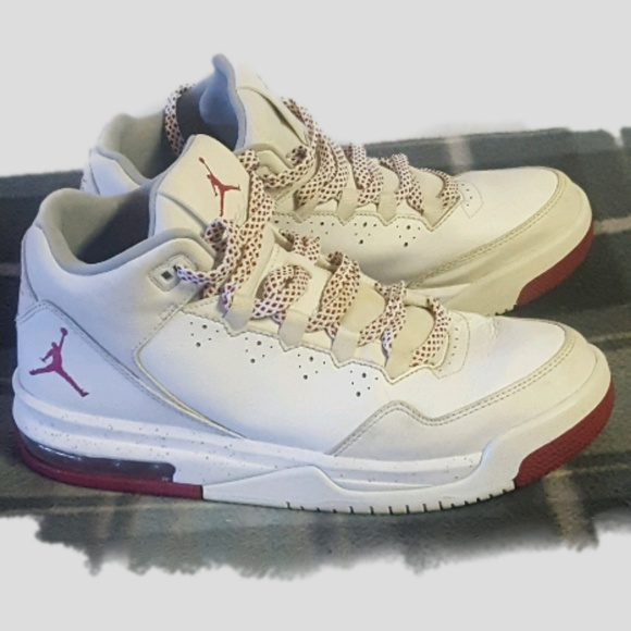 online retailer 7e92f f563b Nike Air Jordan Flight Origin 2 White Red 7.5 Y. M 5b54a8cb12cd4a6bfc720000